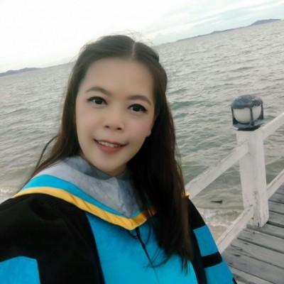 Profile picture of ผศ.ดร.พัชรี ถุงแก้ว